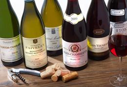 © BIVB / IMAGE & ASSOCIES Bouteilles de Vins de Bourgogne